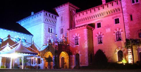 Installazione impianti luce per scenografia festa privata