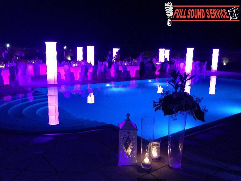 Service luci per meeting e matrimoni foto allestimento - Luci per piscina ...