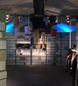 Realizzazione stand con luci Fortezza Da Basso Firenze centro convegni