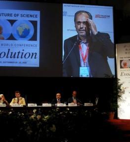 Montaggio attrezzatura per conferenza Future of Science