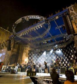 Realizzazione copertura palco a Verona per evento