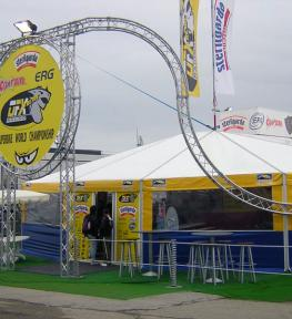 Allestimento struttura per manifestazione sportiva Superbike