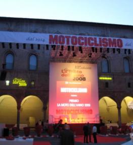 Luci ed effetti luminosi per manifestazione Moto dell'Anno
