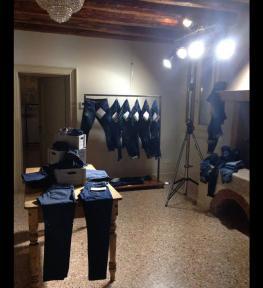 Fari e service luci per esposizione abiti