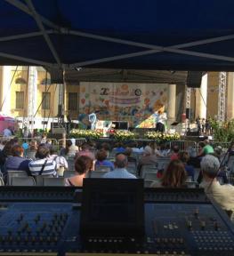 Tour service audio luci strutture per selezioni nazionali Zecchino d'Oro