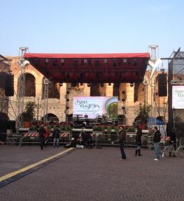 Montaggio mega schermi led a Verona per manifestazione Vino Custoza