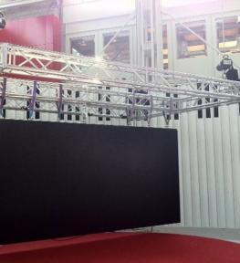 Mega schermo a led per esposizione in fiera