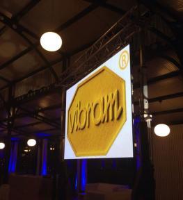 Installazione maxi schermo a led per meeting aziendale