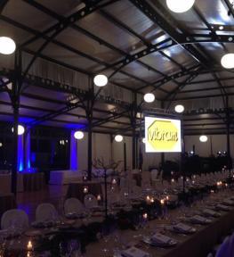 Montaggio grande schermo a led per cena aziendale