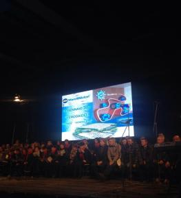 Installazione maxi schermo led per concerto I Crodaioli