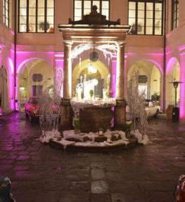 Giochi di luce per matrimonio con illuminazione architetturale