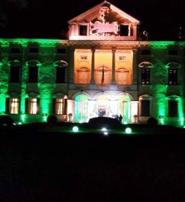 Illuminazione facciata e giardino interno di Villa Sigurtà per festa esclusiva