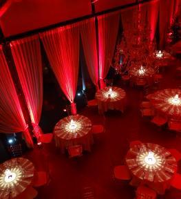 Preparazione eventi in villa con service luci